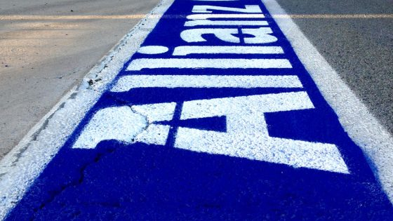 Marcaje de suelo con pintura especial