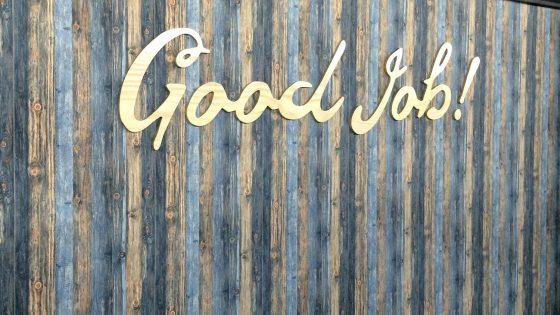 Letras fresadas en madera